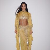 Kim Kardashian es Cher en Halloween