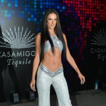 Alessandra Ambrosio, muy sexy en Halloween