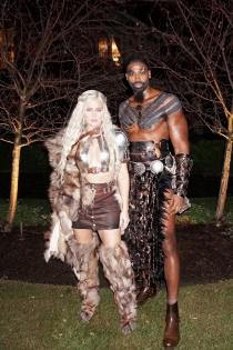 Khloe Kardashian se disfraza de Juego de Tronos en Halloween
