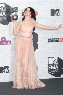 Camila Cabello, ganador por partida doble en los MTV EMAs 2017