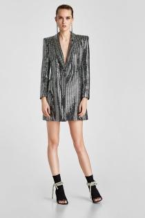 Vestido de fiesta de Zara tipo blazer para estar a la última