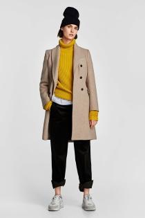 Abrigo de Zara entallado, ¡un clásico entre los clásicos!
