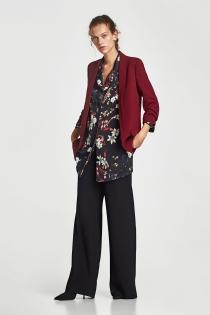Look de ZARA elegante para ir a la oficina en 2018