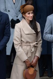 El look más elegante de Meghan Markle con abrigo