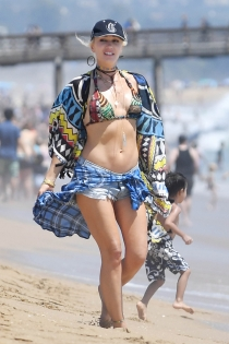 Gwen Stefani, total look playera