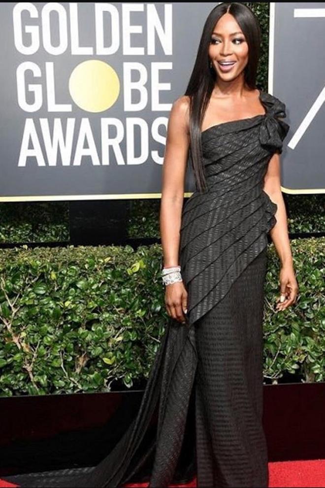 Naomi Campbell espectacular en los Globos de Oro 2018