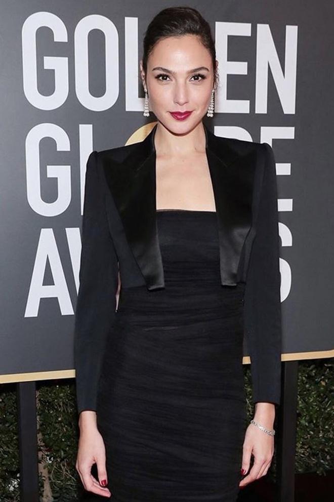 Gal Gadot muy elegante en los Globos de Oro 2018