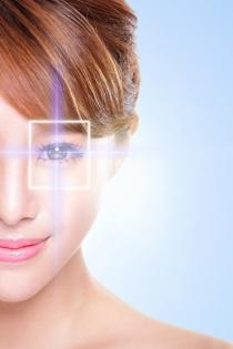 Grandes inventos hechos por mujeres: Láser para la corrección de la vista