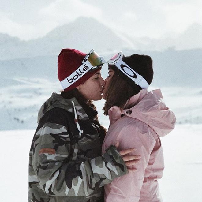 El amor de Aida Domenech y Alba Paul no se congela ni en la nieve