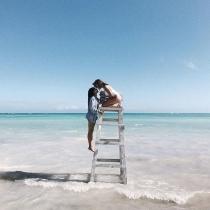 La foto más romántica de Aida Domenech y Alba Paul