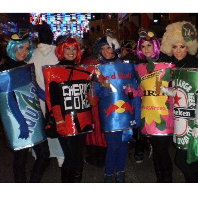 Disfraces de carnaval en grupo: ¡Vivan las latas!