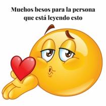 Frase de amor con emoticono: ¡Besos por whatsapp!