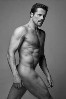 El desnudo escultórico de Octavi Pujades
