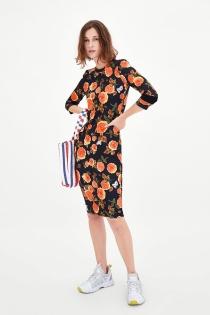Vestido de Zara para un look sporty