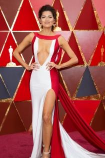 Oscars 2018: El vestido en dos colores de Blanca Blanco
