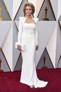Jane Fonda de blanco impoluto en los Oscars 2018