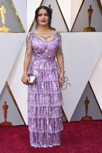 Salma Hayek no acertó en los Oscars 2018