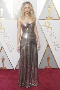 Oscars 2018: el vestido metalizado de Jennifer Lawrence
