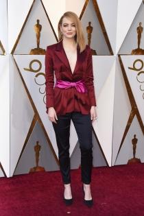Oscars 2018: El arriesgado look de pantalón de Emma Stone
