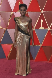 Lupita Nyong'o, toda una diosa en los Oscars 2018