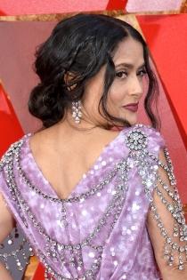 Salma Hayek y el triunfo de su peinado en los Oscars 2018