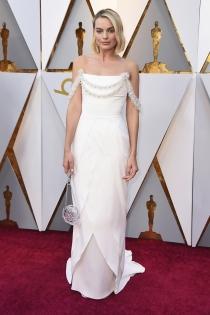Margot Robbie arrasa en los Oscars 2018