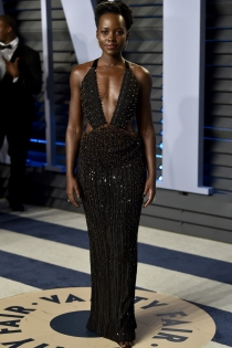 Lupita Nyong'o, de Versace en los Oscars 2018