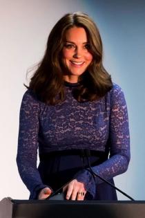 El vestido premamá con encaje de Kate Middleton