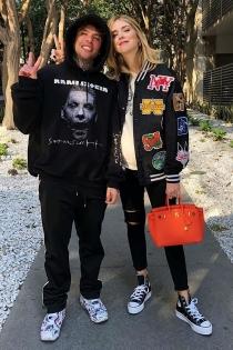 Chiara Ferragni y Fedez con su look más cañero