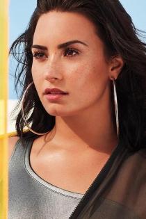 El 'no sin mis aros' de Demi Lovato