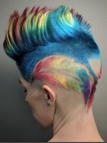 Cuando color es el protagonista en tu corte de pelo