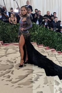 El vestido de Jennifer Lopez para la Gala Met 2018