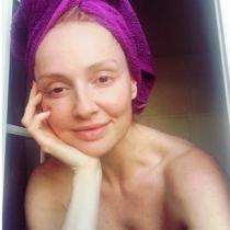Cristina Castaño, recién salida de la ducha