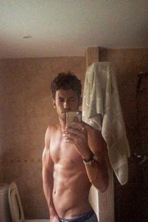 Jorge, ganador de Masterchef, posa desnudo