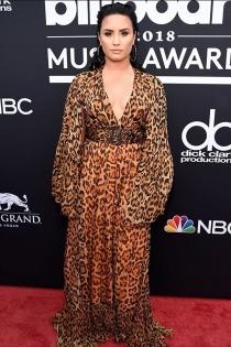 Demi Lovato vuelve a poner de moda el animal en los premios Billboard 2018