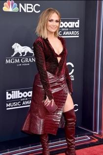 Jennifer López, espectacular en la red carpet de los Billboard 2018
