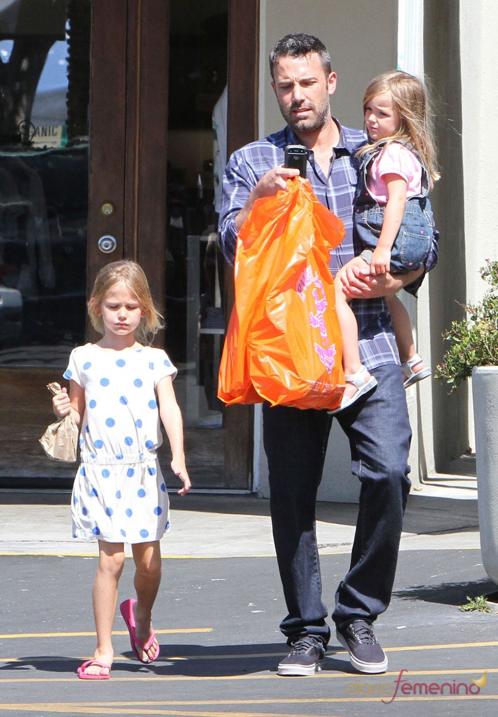 Ben Affleck con sus hijas
