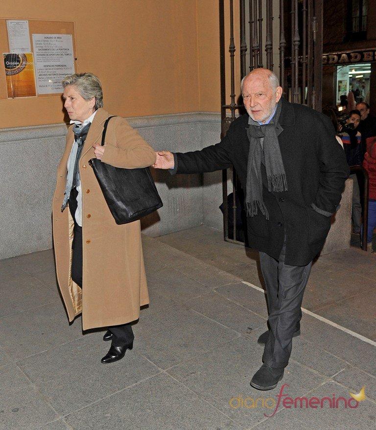 Álvaro de Luna en el funeral de Pepe Sancho en Madrid