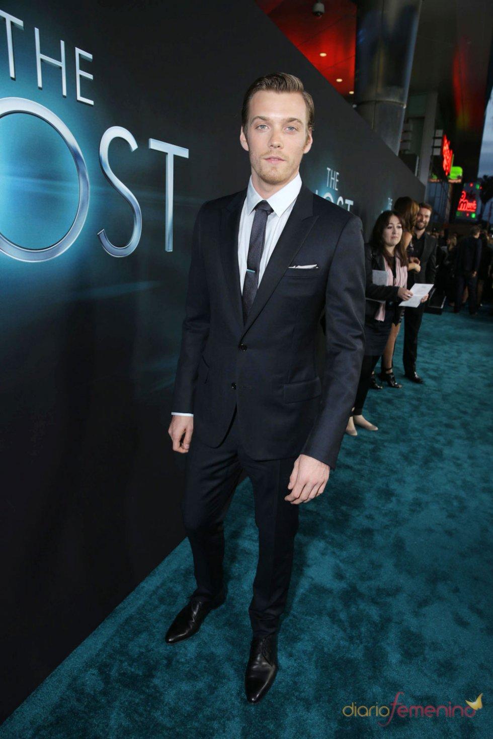 Jake Abel en el estreno de 'The Host' en Los Ángeles