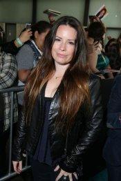 Holly Marie Combs en el estreno de 'The Host' en Los Ángeles