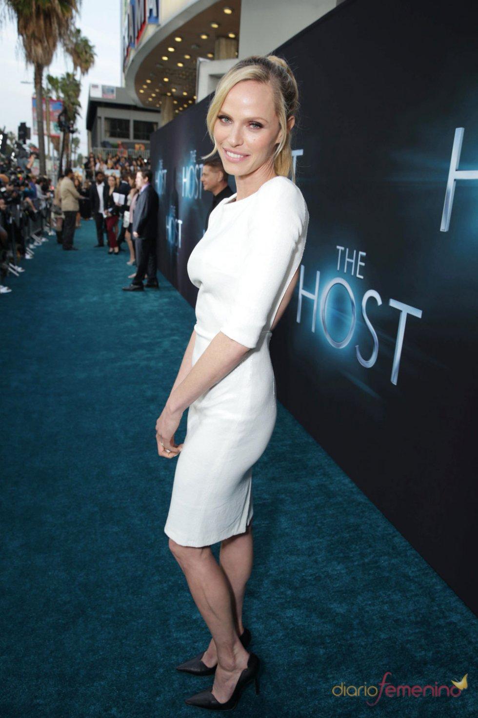 Rachel Roberts en el estreno de 'The Host' en Los Ángeles