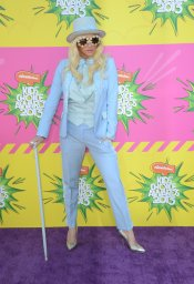 Kesha en los Kids' Choice Awards 2013