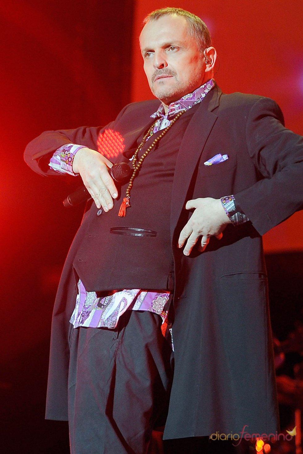 Miguel Bosé, espectáculo en los premios Cadena 100