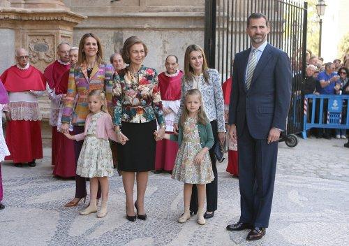 La Familia Real española en la misa de Pascua en Palma de Mallorca