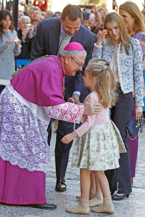 Letizia y las Infantas, en la Pascua de la Semana Santa 2013