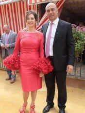 Los looks de las famosas en la Feria de Abril: Ana Rosa Quintana