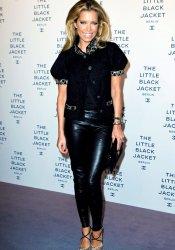 El look de Sylvie Van der Vaart de noche: el negro es el rey