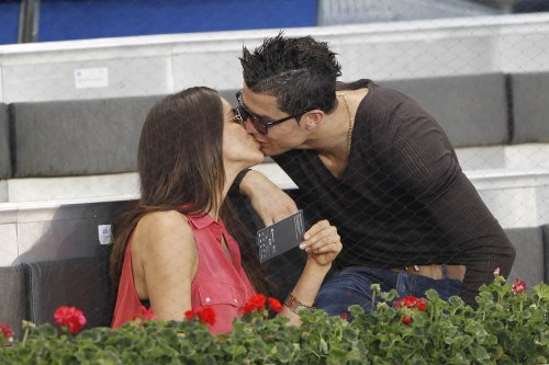 Besos de Champions entre Cristiano Ronaldo e Irina Shayk