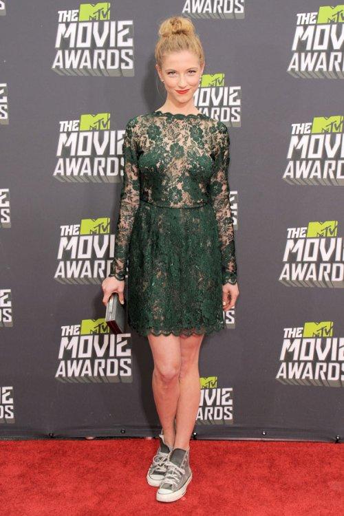 Caitlin Gerard en los MTV Movie Awards 2013