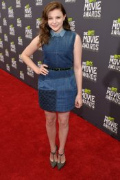 El look imposible de Chloë Grace Moretz en los MTV Movie Awards 2013